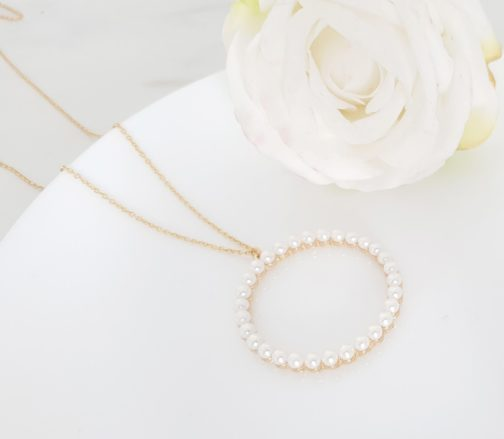 Collier cercle perle